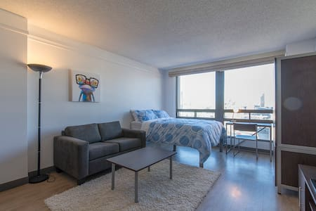 Studio Apartment with Parking - Downtown Ottawa - Ottawa
