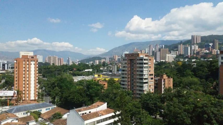 Habitación en el Poblado, Lo mejor de Medellín