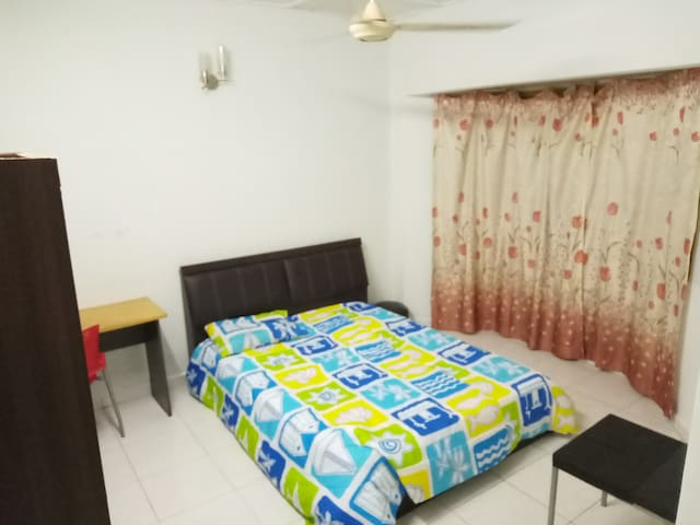 Master Room with Private Bathroom at Puchong Utama