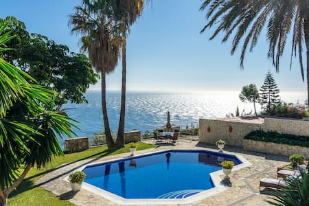 Wonderful apartment in La Herradura. Best seaviews