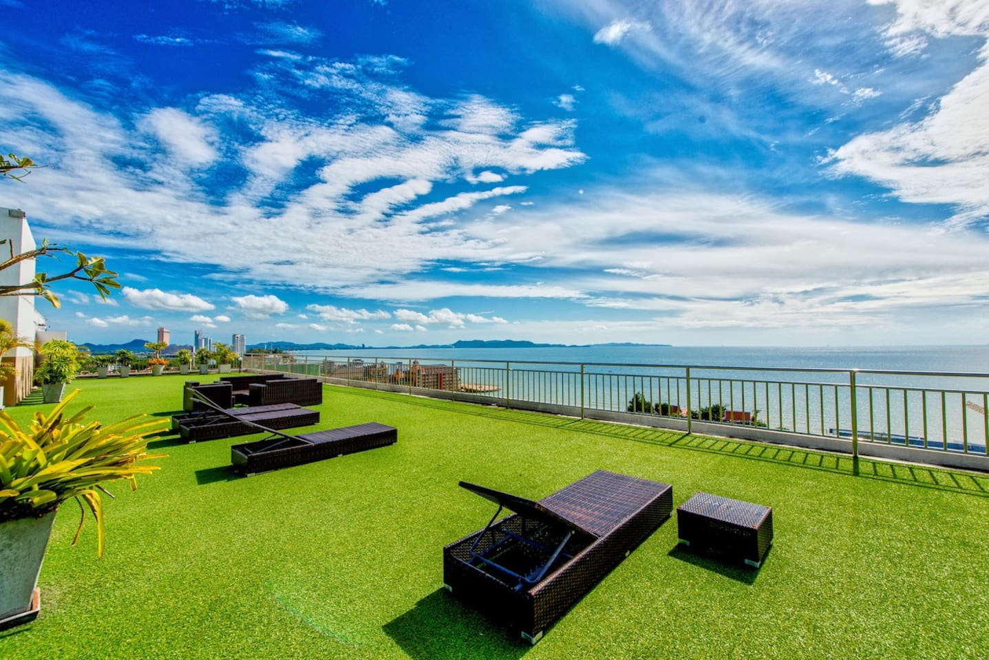 Rooftop Ocean view 200m beach ★★ V.I.P. airport ★★