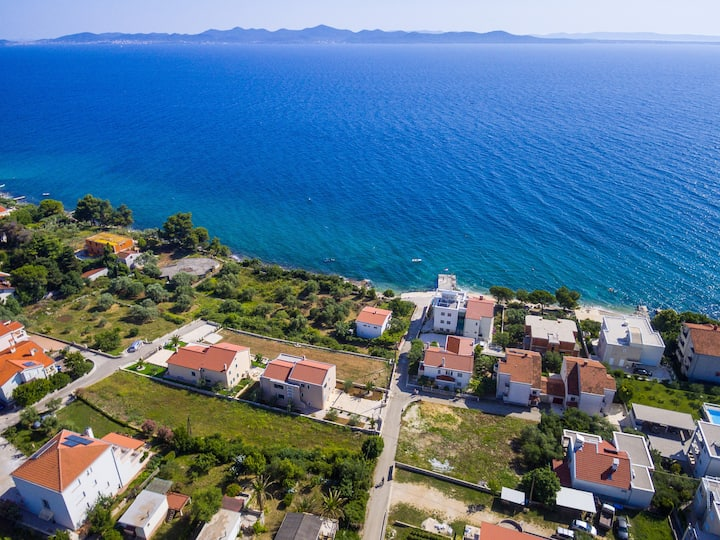 2 Bedroom Villa, Kozino Croatia.