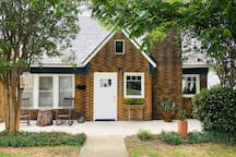 1920's Tudor Cottage in Fort Worth near TCU