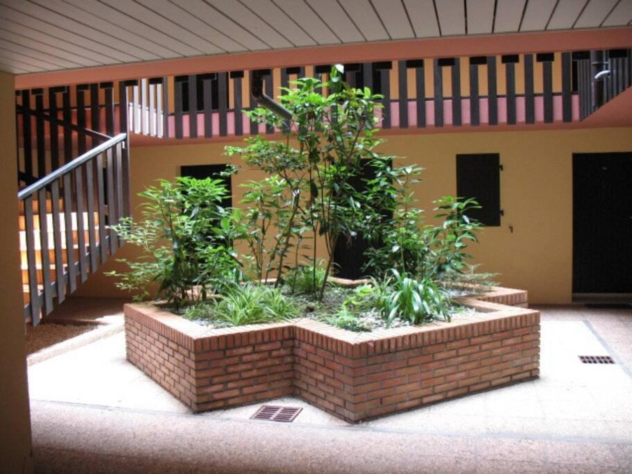 l'entrée patio de la résidence