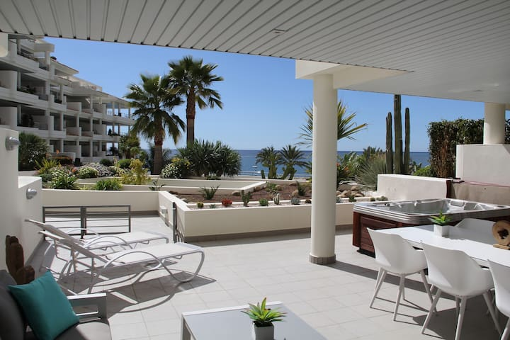 Apartment de Lux on Mascarat Beach