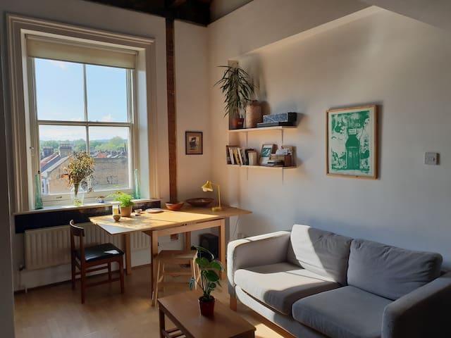 Rare hackney loft apartment in excellent location.
