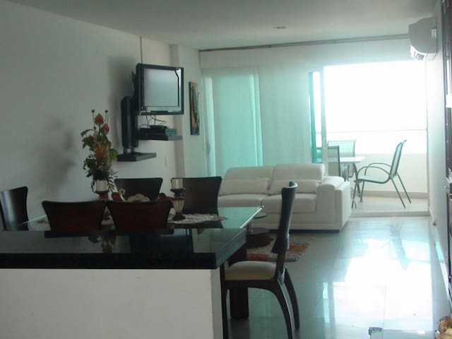 Oceania - Modern Apartment 2 Bedroom in Laguito - Cartagena - Apartamento