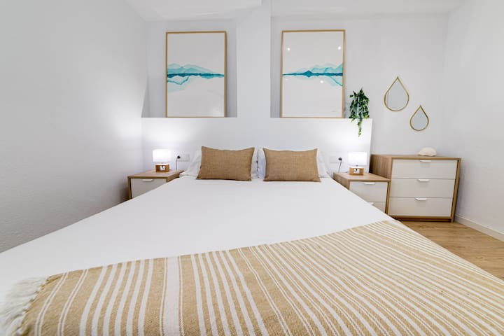 Apartamento frente a la playa de San Juan WIFI-A/C