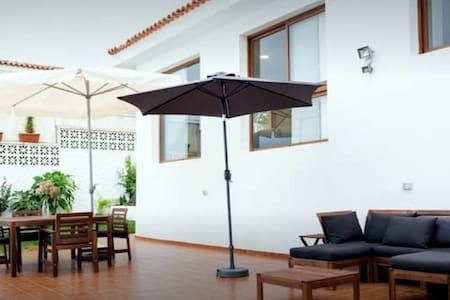 Casa con spettacolare vista dell'oceano - El Sauzal - Villa