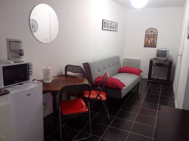 studio meublé plein centre langeac