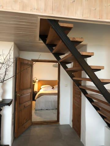 Bedroom 1. Entry