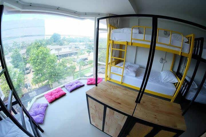 Mixed Dormitory (Shared bathroom)