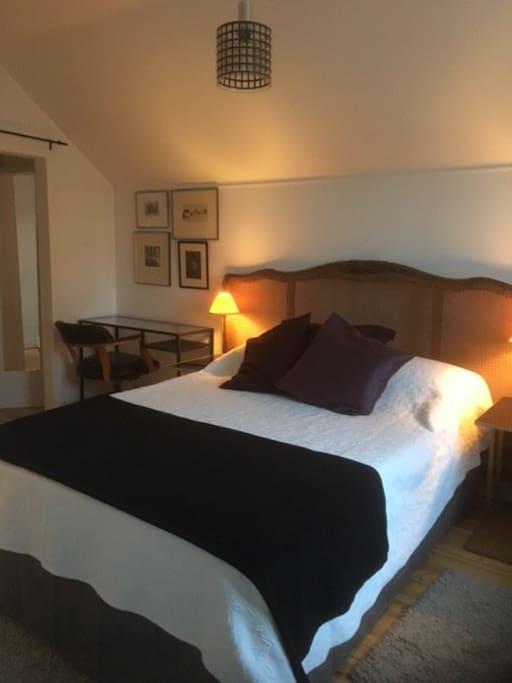 Sovrum/ Bed room/ Dormitorio