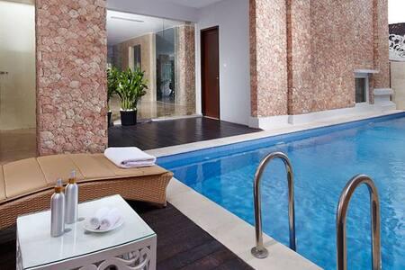 Elegant room in the heart of Kuta 2 - Kuta - Boutique-Hotel