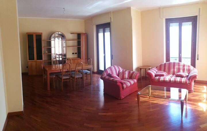 Affitto Elegante Singola - Quartu Sant'Elena