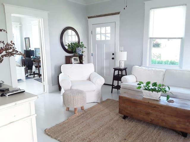 Cottage for 2020 Master's Week