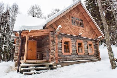 Домик в лесу для Лыжников - Pereslavl-Zalessky - Natuur/eco-lodge