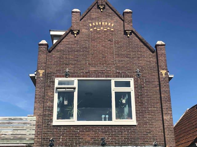 MooiZO Texel - Verblijf aan rand centrum Den Burg.