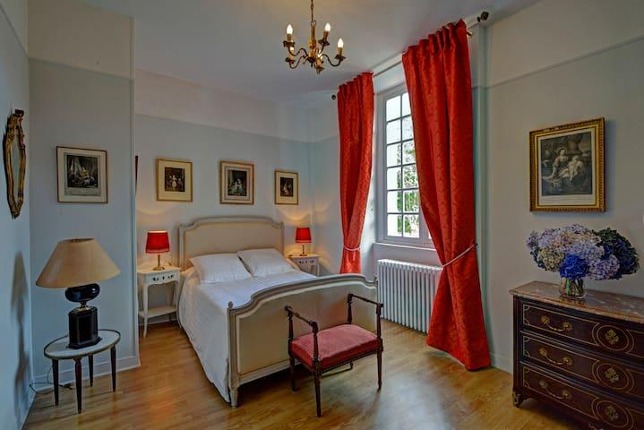 Chambres doubles dans un Château en Normandie - Beuzevillette - Pension