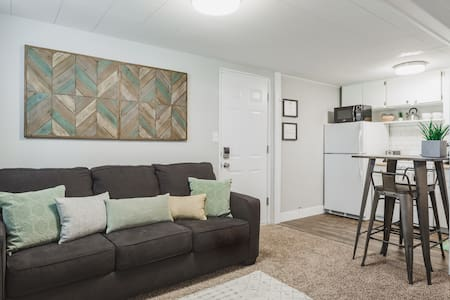 Fresh, Modern Basement - Settle in or Explore Utah