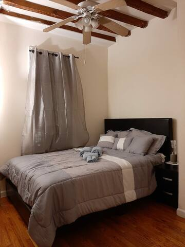 Lovely private room in Harlem-Morningside #1