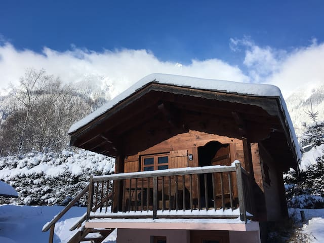 Nice chalet for 2 ideally located - Chamonix-Mont-Blanc - Casa