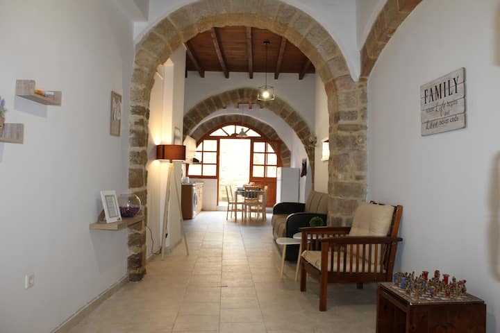 L' Armonia Suite, Old Town Rhodes