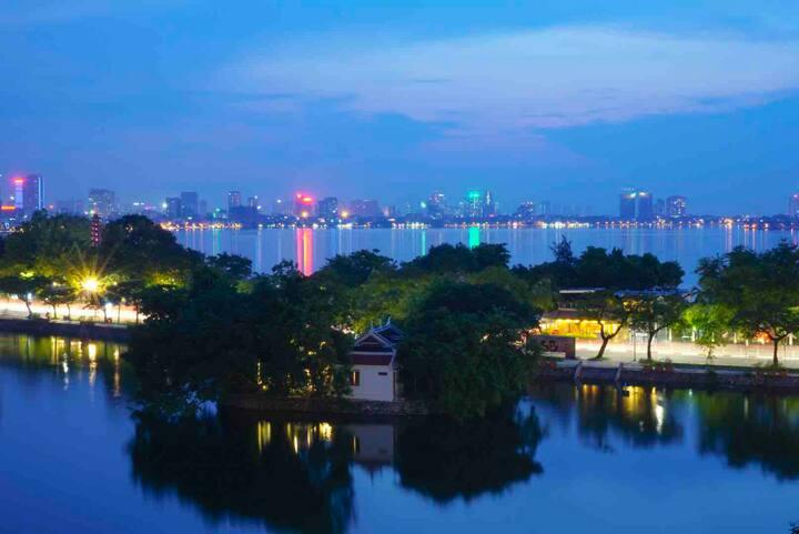 Amazing view apartment Hanoi heart