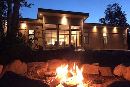 Contemporary Home+Cabin+Waterfall+100 Acres!