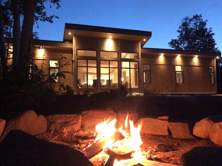 FLW Inspired Modern Home+Cabin+Waterfall+100 Acres
