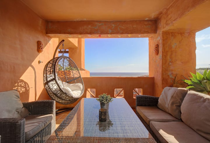 Cosy and modern apartment 800m from the beach