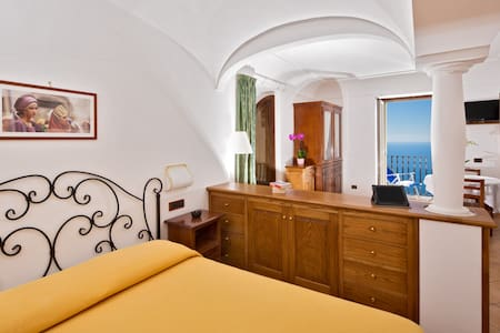 Diana the Apartment of the Gods!!! - Positano
