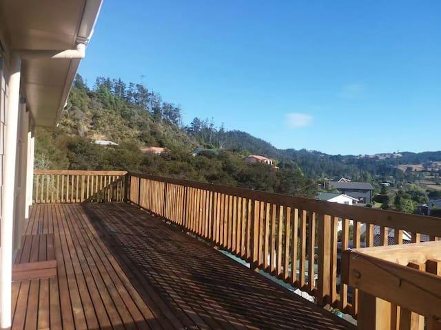 (1)山丘上的木屋