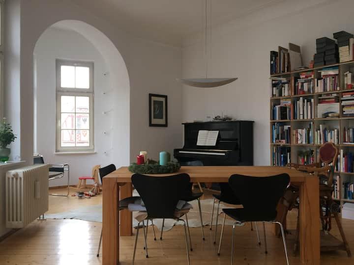 Große Altbauwohnung mitten in Quedlinburg
