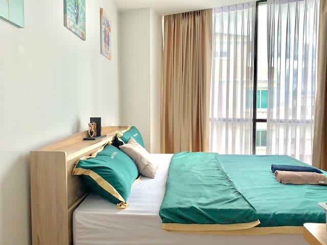 [中文服务]市中心双床房网红公寓.临皇权免税店.大BiGC