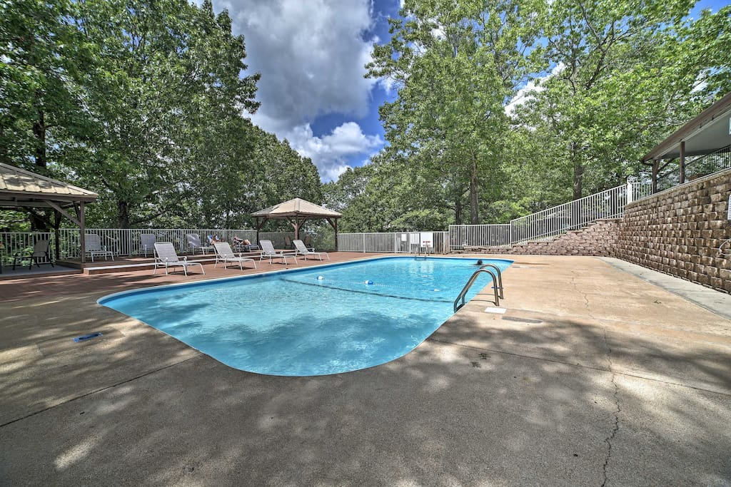 Located in the Notch Estates, the complex offers resort-like amenities.