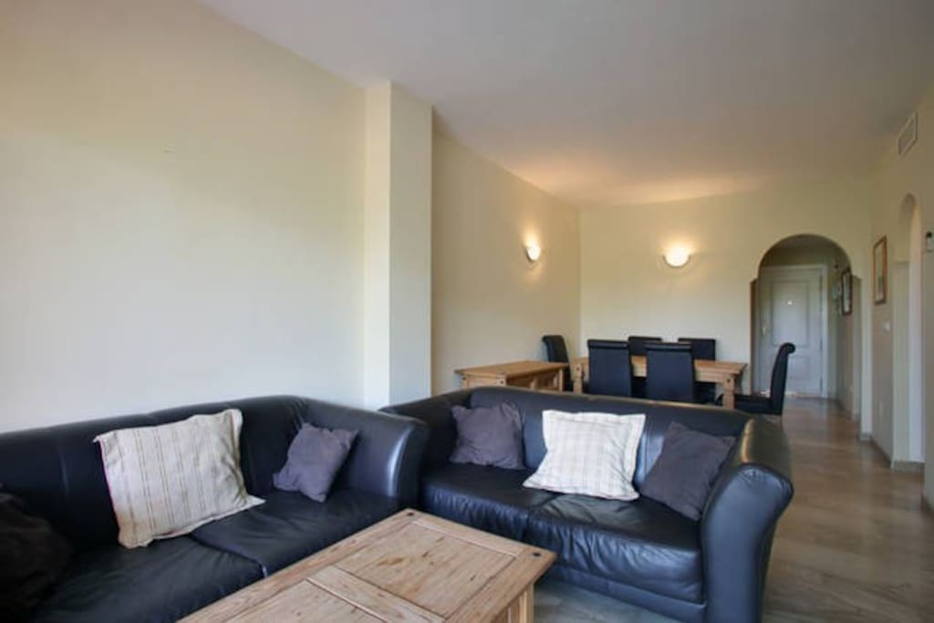Lounge with separate dining area, TV and 2 single sofa beds