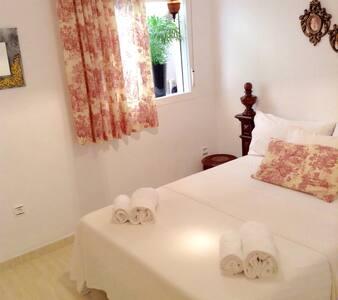 Acogedora habitación en Roquetas - Roquetas de Mar