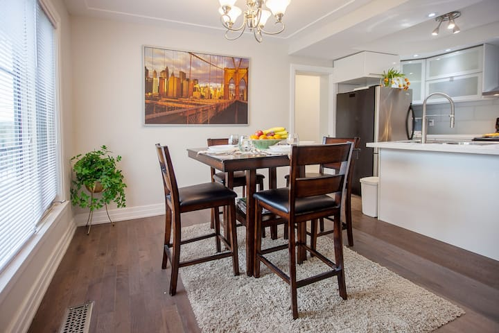Spectacular For Families, Opposite Play Park ☆☆☆☆☆