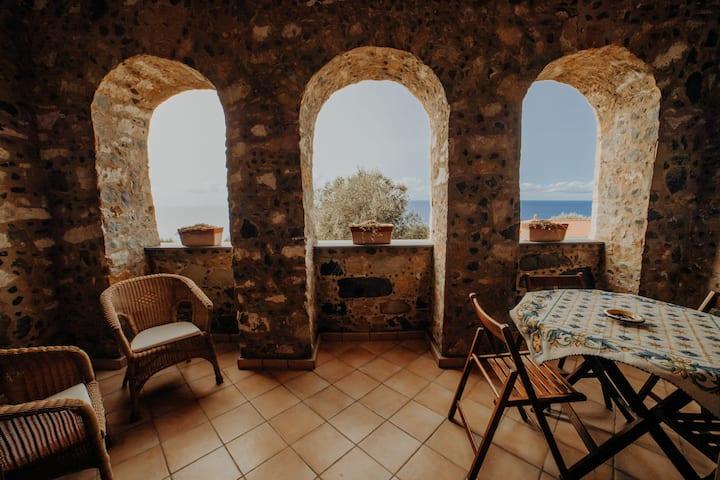 Pisciotta - Bilocale con terrazzo - 4 min dal mare