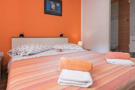 Apartment Orange 3+2 - Zastražišće