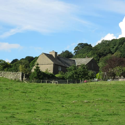 Country Farmhouse B&B - Crosthwaite - Bed & Breakfast