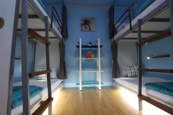 Cozy & Clean 4 Beds Room / 1 min. to Aonang Beach.