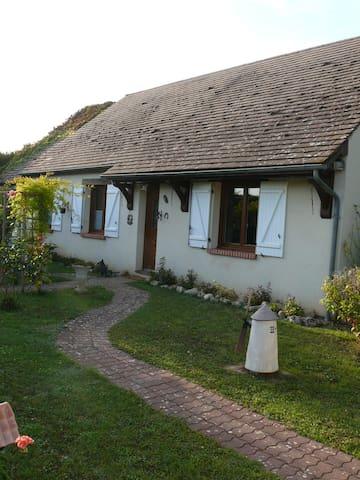 chambre aux portes de Chambord et proche Beauval