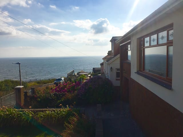Ultimate Sea View -  Relaxing Accommodation
