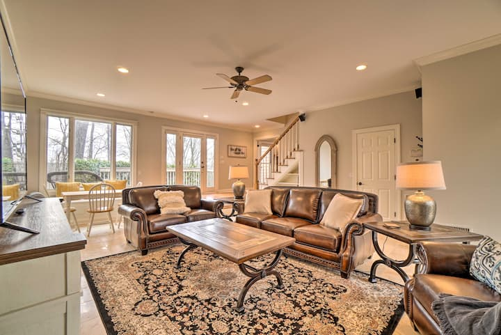 NEW! Airy Nashville Area Getaway w/ Private Pool!