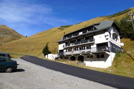 Chambre d'Hôte au pied des pistes de ski - Saint-Lary-Soulan - Hotel butik