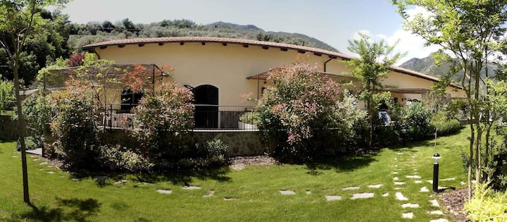 Apartment for 2+2 persons with pool R22937