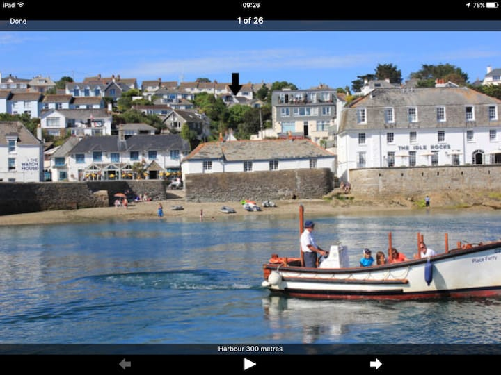 Cosy, self contained annex & parking in St. Mawes.