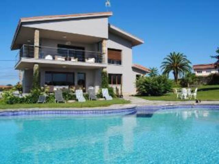 Chale Gijon con piscina